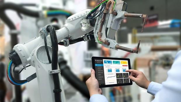 Tecnologia acelera a transformação no mercado de trabalho para jovens