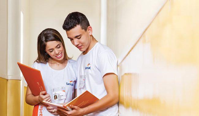 Conheça o Programa Jovem Aprendiz SENAC. A parceria entre o governo e a instituição educacional de sucesso!