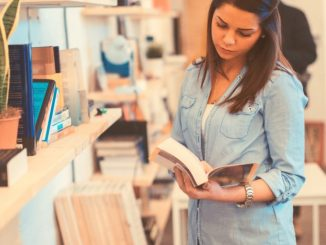 Usar resumos de livros sobre literatura em vestibulares vale a pena? Descubra!